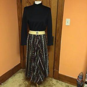 Vintage 70s gothic n funky print long sleeve dress